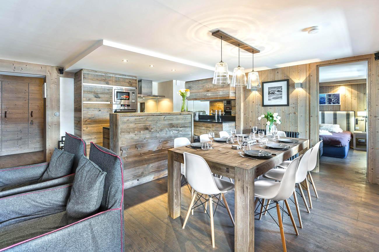 luxury villa rental Hugo