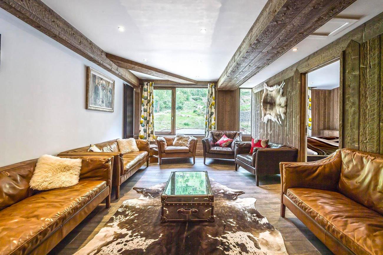 villa for rent Valdi