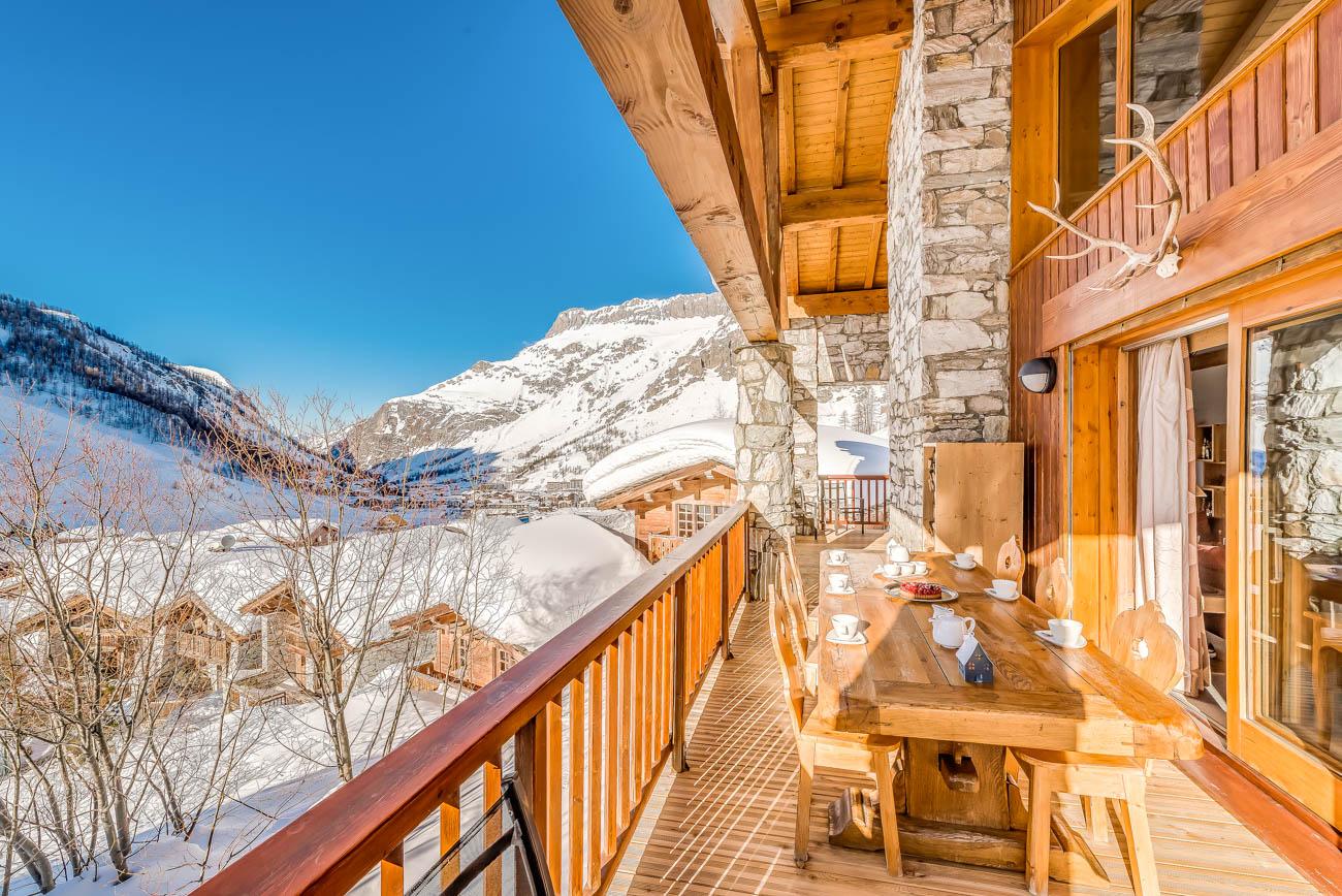 rent villa White